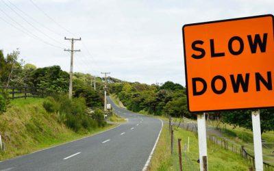 Hvorfor skal det egentlig gå så hurtigt? Er det ikke okay at være langsom?