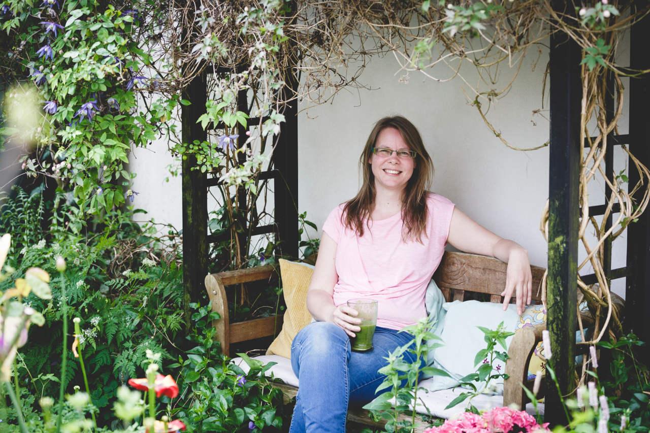 Marlena munch bruger sin have til at forbinde sig med naturen og årstidernes gang